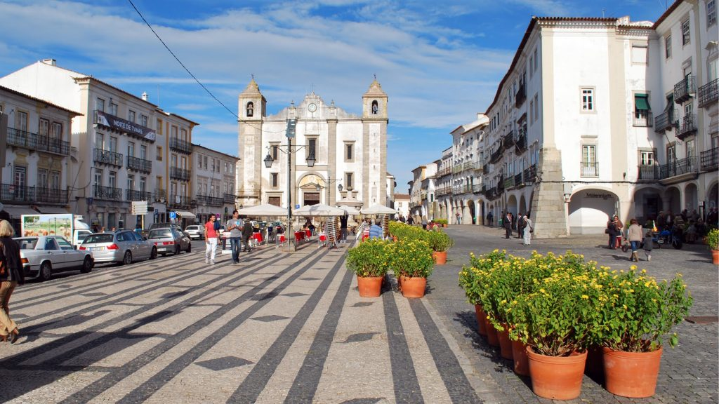 Conheça um pouco mais sobre o melhor de Évora-Portugal